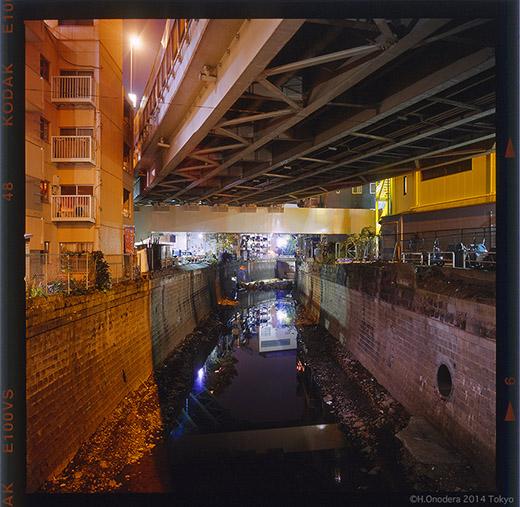 041-20041123亀屋橋上52.jpg