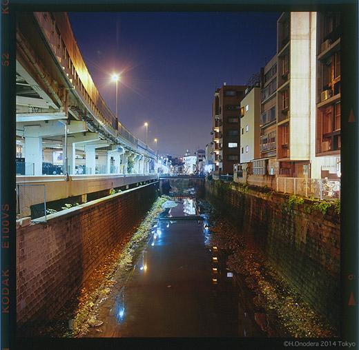 042_20041123亀屋橋下52.jpg